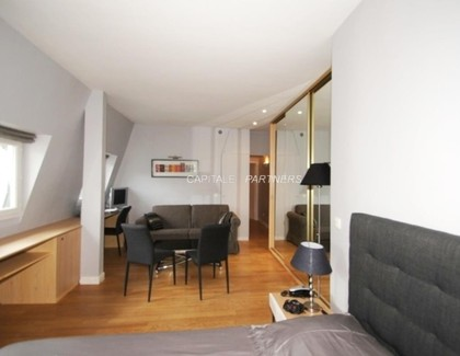 Appartement meublé Studio PARIS 8