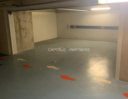 Parking  meublé PARIS 3