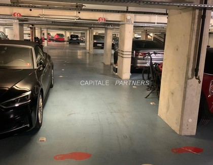 Parking  PARIS 3